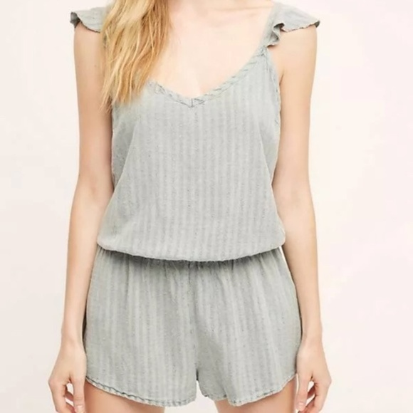 Anthropologie Pants - 2/$25 Anthro Saturday Sunday Fluttered Romper  S